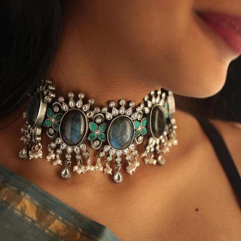 choker-necklace-for-saree-online-16