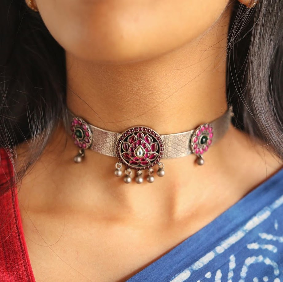 choker-necklace-for-saree-online-5