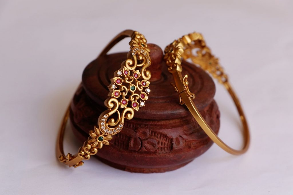 traditional-bangles-design-13