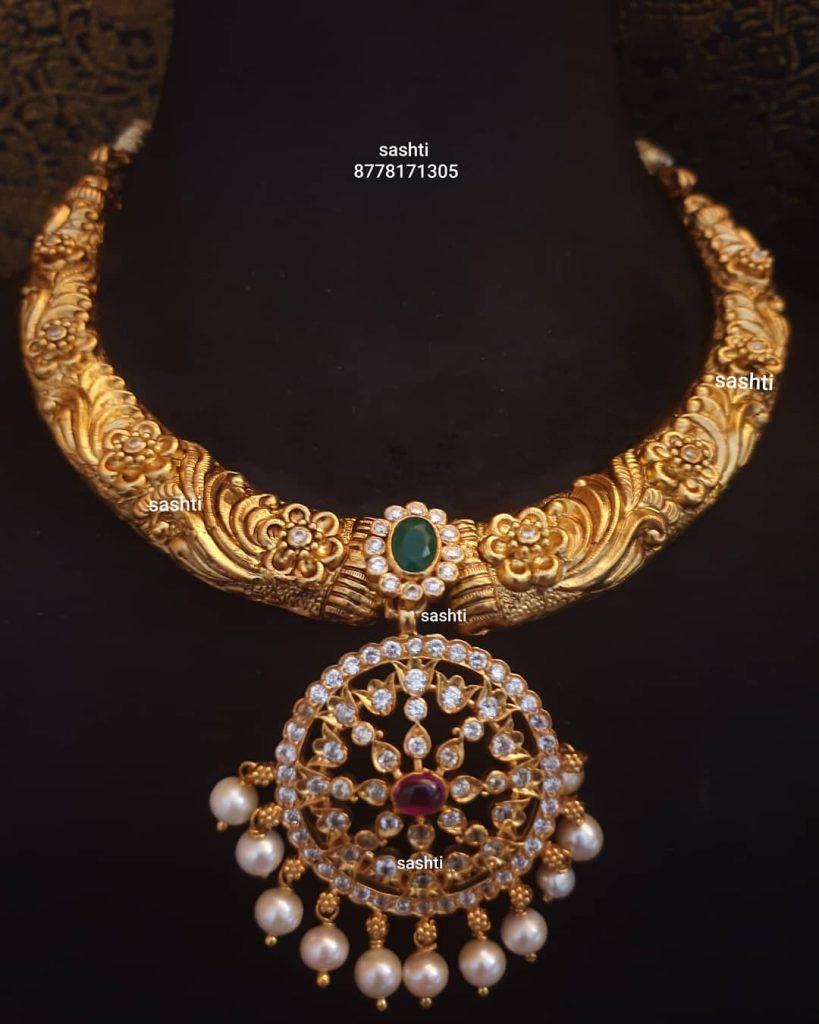 antique-necklace-set-1