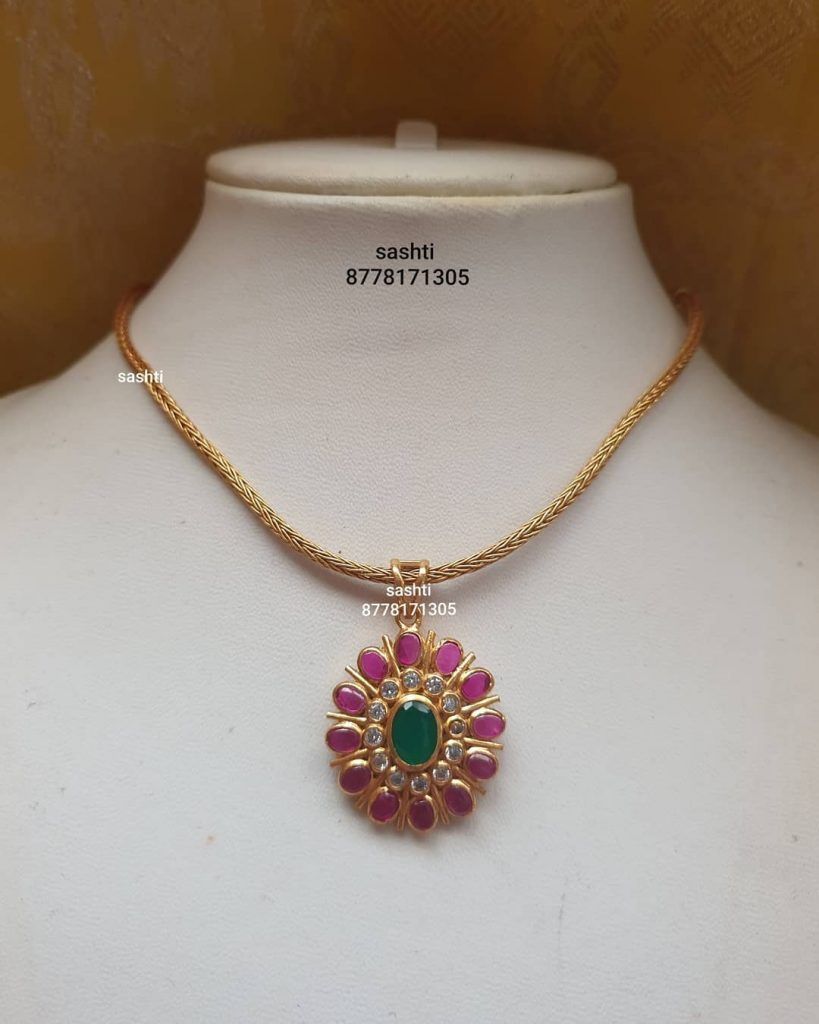 antique-necklace-set-13