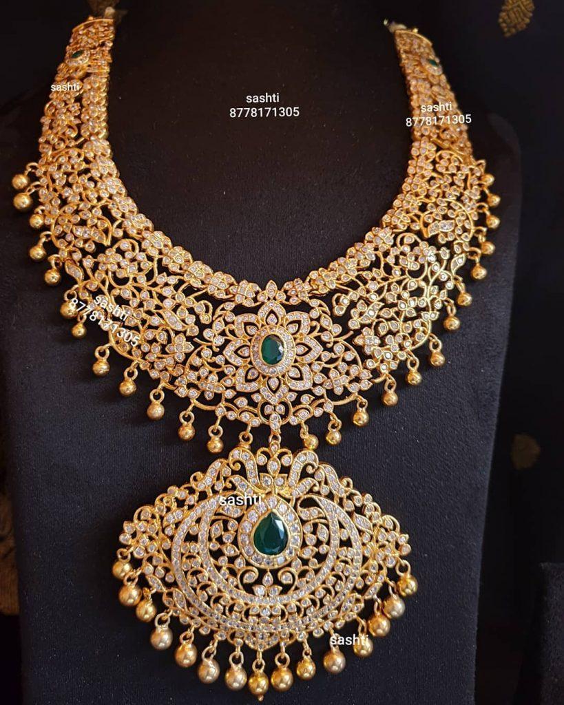 antique-necklace-set-16