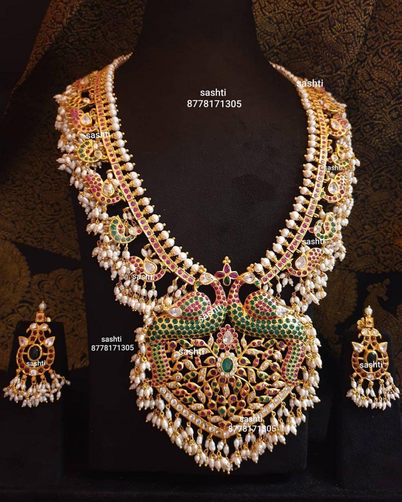 antique-necklace-set-2