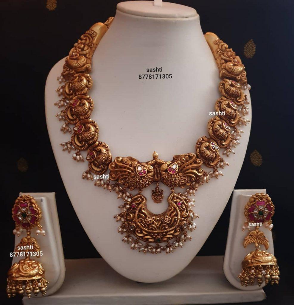 antique-necklace-set-5