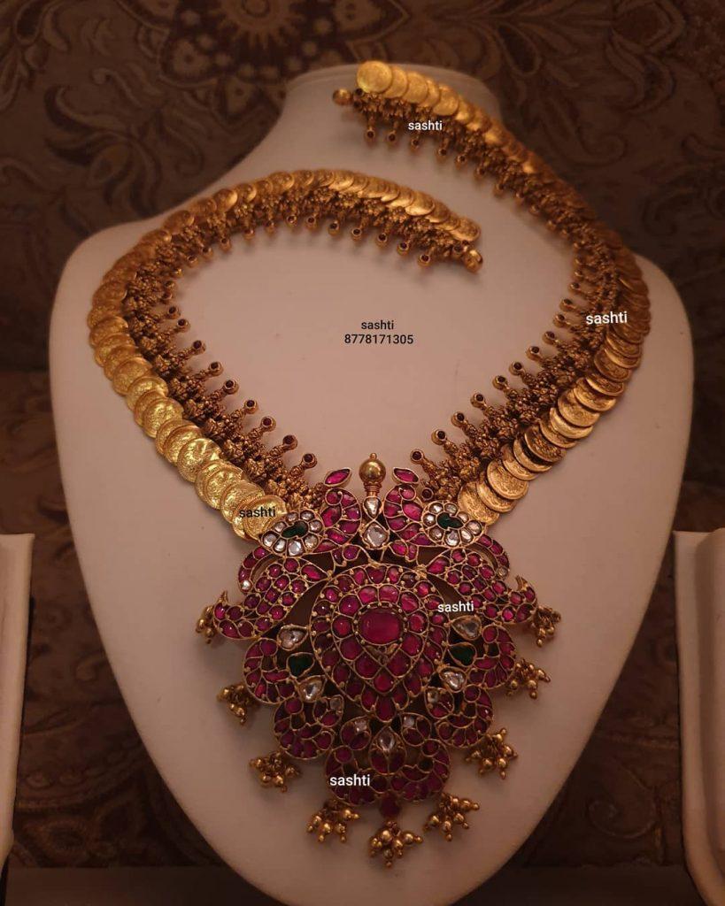 antique-necklace-set-7