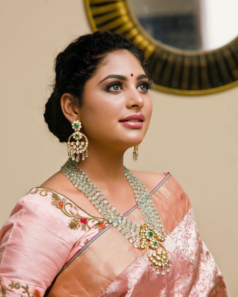 necklace-set-for-silk-sarees