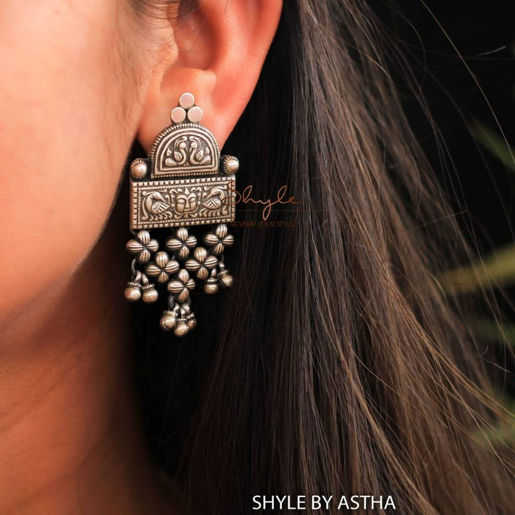 silver-jhumka-earrings-design-13