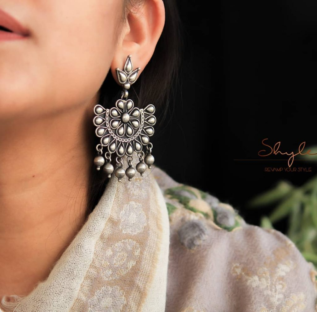 silver-jhumka-earrings-design-3
