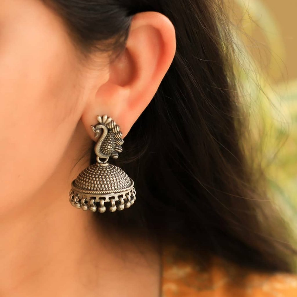 silver-jhumka-earrings-design-4