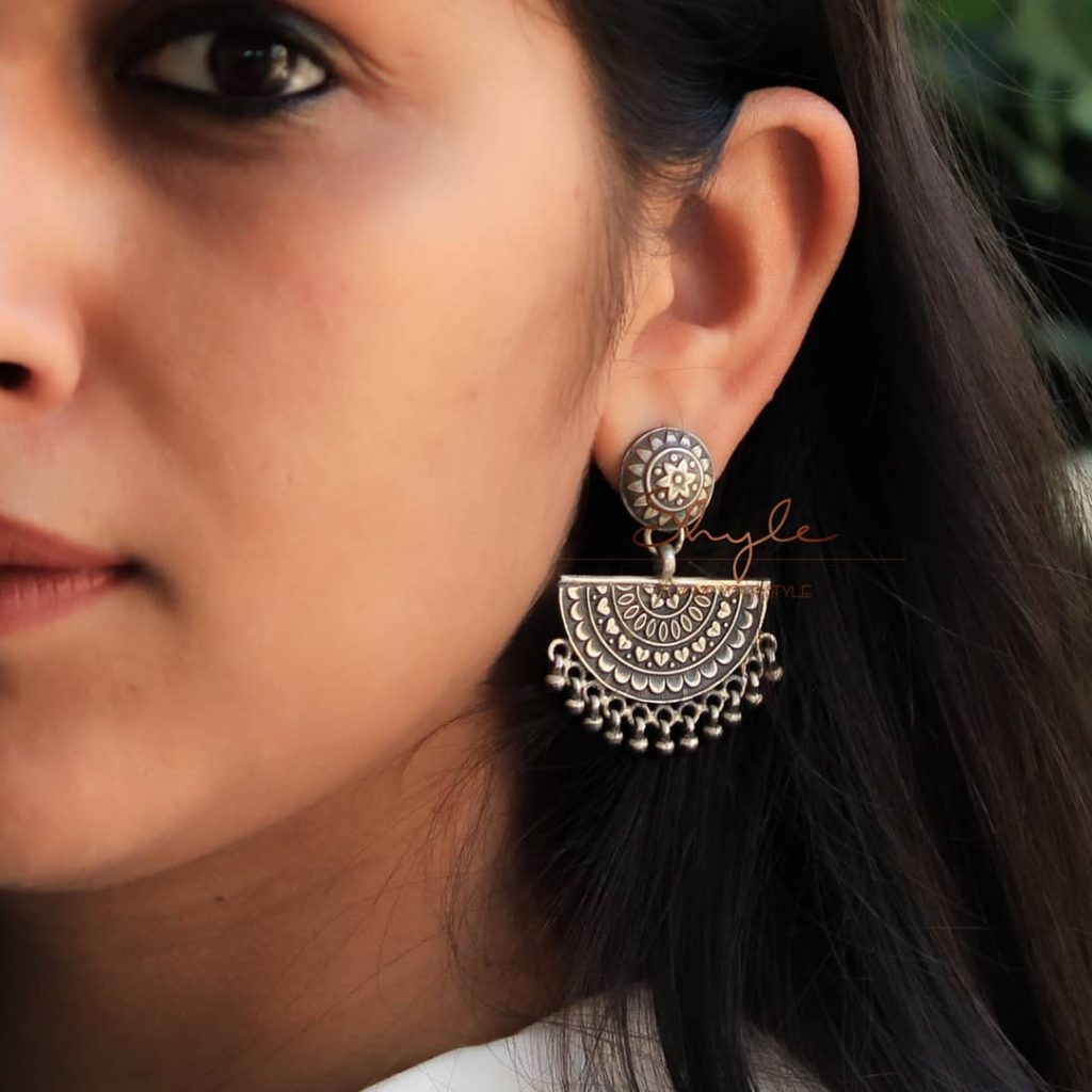 silver-jhumka-earrings-design-7