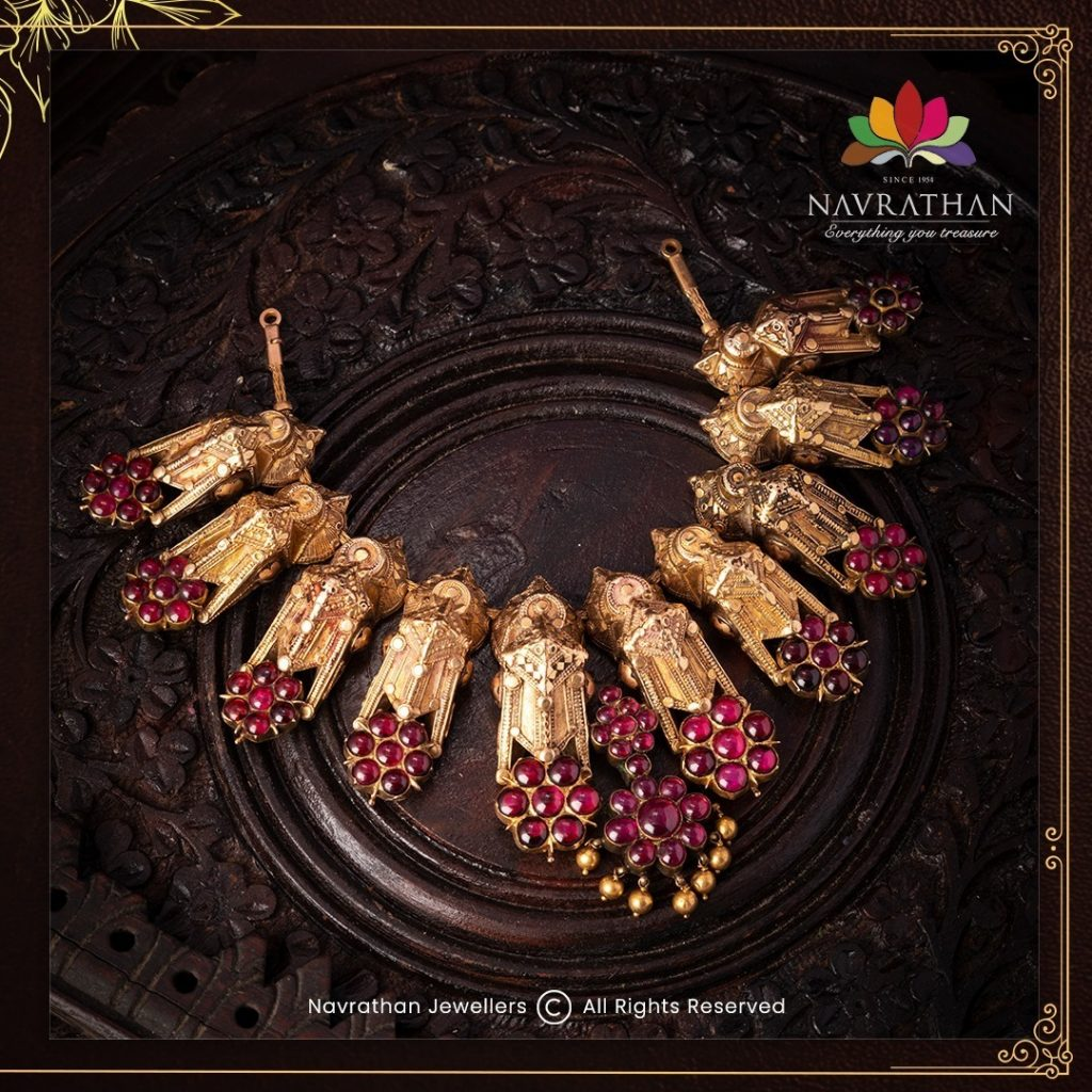 traditional-gold-necklace-set-1