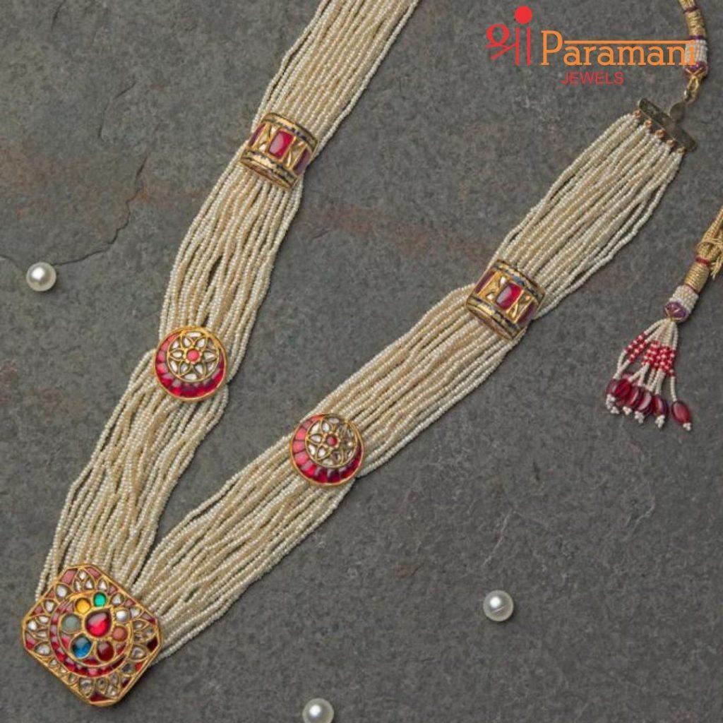 designer-necklace-set-online-15
