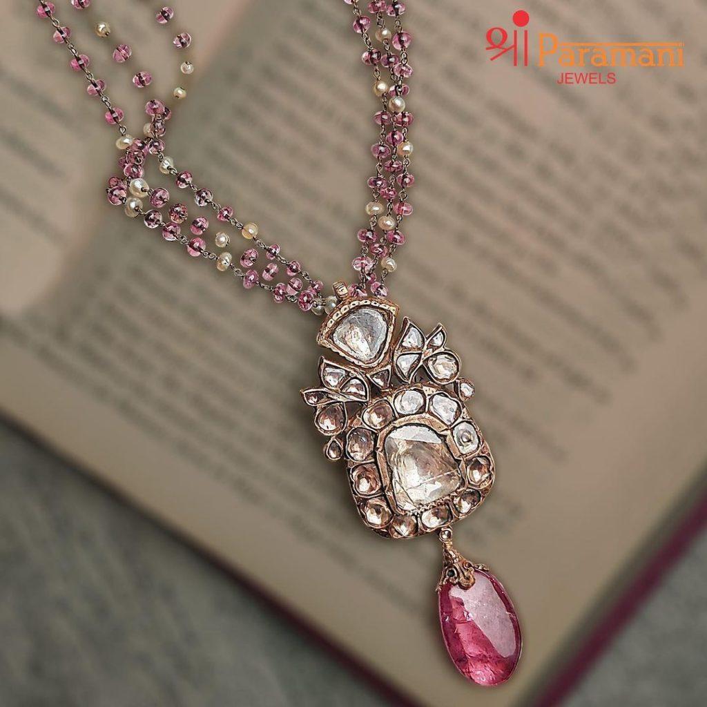 designer-necklace-set-online-8