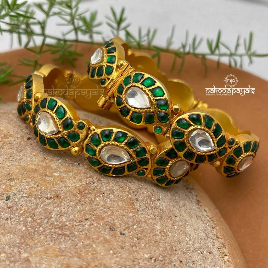 Gold-Platted Jewellery Pieces